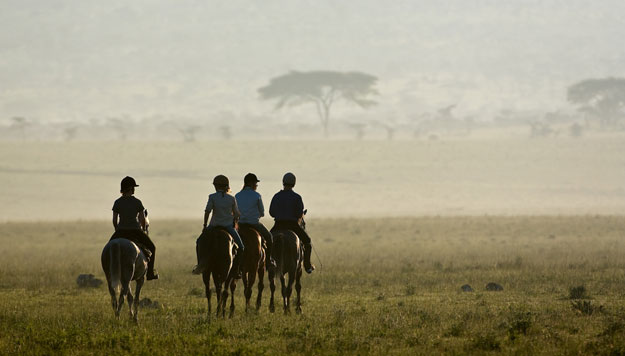 Kenya Riding Safari Guides: Annie Waterer and Paul Thuku
