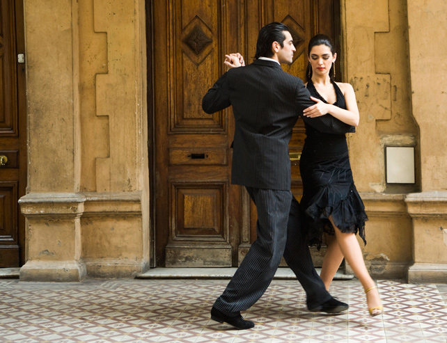 Falling in Love with the Argentine Tango