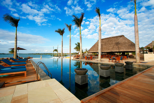 Fly and Flop - Luxury Beach Trip - Four Seasons Mauritius - Ker Downey