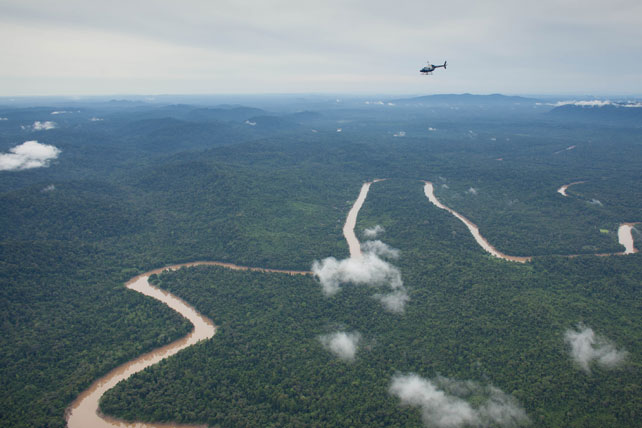 Helicopter Tours - Luxury Borneo - Ker Downey