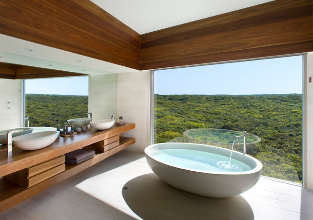 Bathtubs with a View - Luxury Travel - Ker Downey - Southern Ocean Lodge