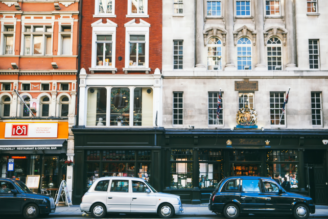 Where to Experience London's Literary and Artistic History - Ker & Downey