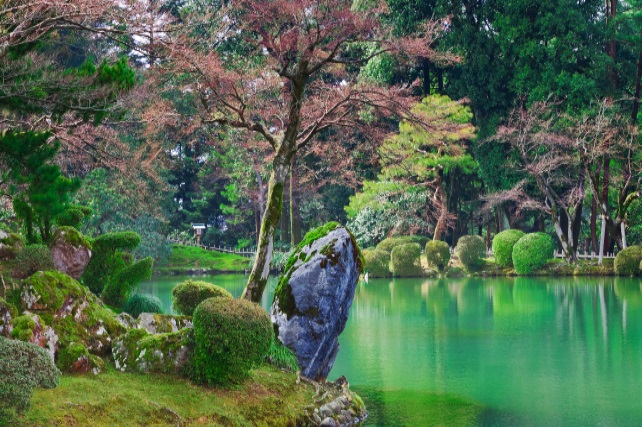 the-worlds-most-beautiful-green-spaces-ker-downey-Japan
