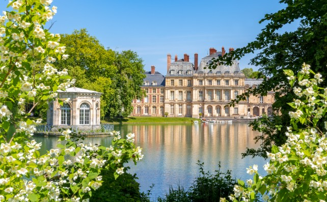 Chateaux of France - Loire Valley River Cruise – Ker & Downey-Fontainebleau-Palace