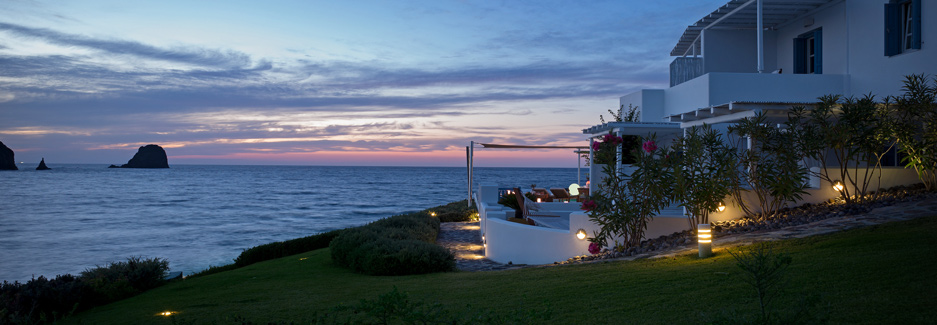 Melian-Boutique-Hotel-&-Spa-Luxury-Travel-to-Milos-with-Ker-&-Downey