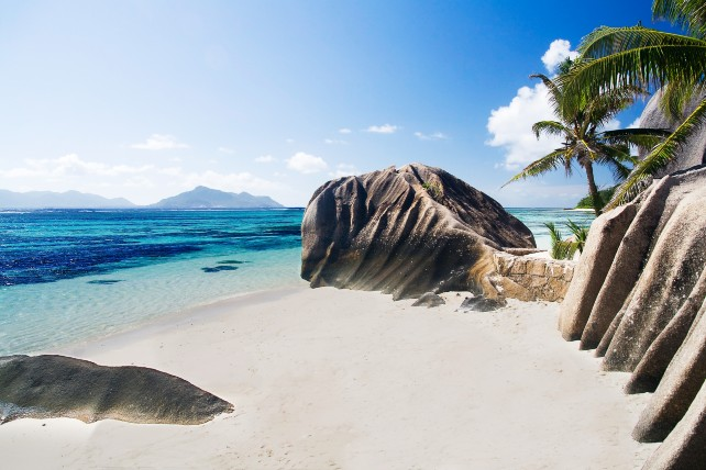 Safari and Beach: Kenya and Seychelles - Luxury Safari Beach