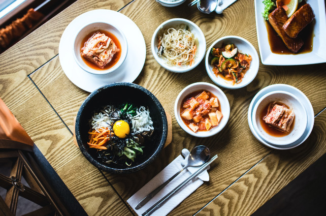 Gather Around the Table: The Best Foodie Experiences in South Korea